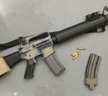 AR15A2: This Old Gun Extreme Makeover Edition.